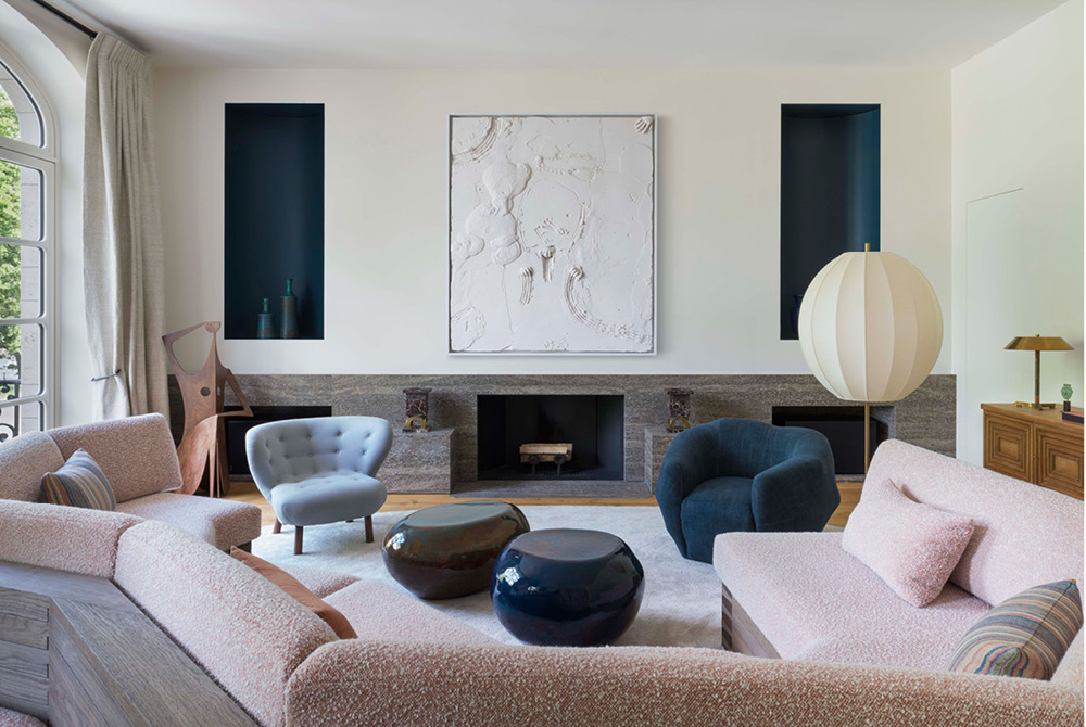 All eyes on brown & blue - Moods - Trend Compass - Pierre Yovanovitch